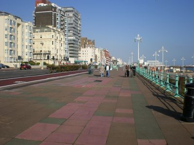 The Promenade along Kings Road
