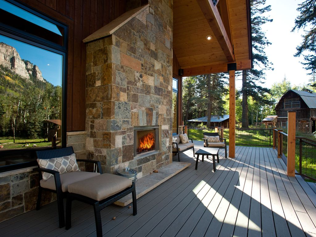 Luxury rustic mountain estate close homeaway for Colorado fishing lodges