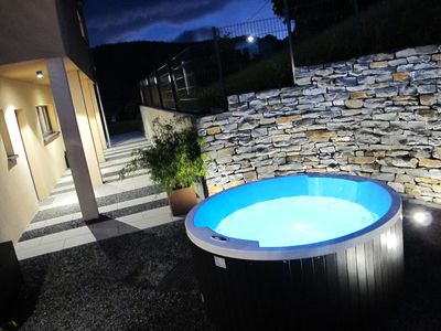 Modern luxury Villa with panoramic views and spa incl. sauna and whirlpool