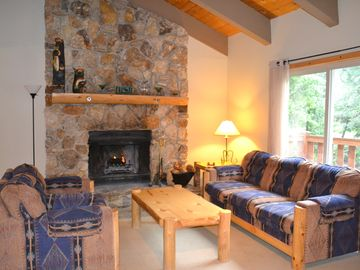 Dollar Point house rental - Living Room with Large Woodburning Stone Fireplace