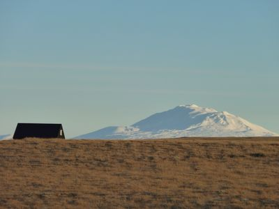 South Iceland house rental - Volcano HEKLA, spring and fall: great views!
