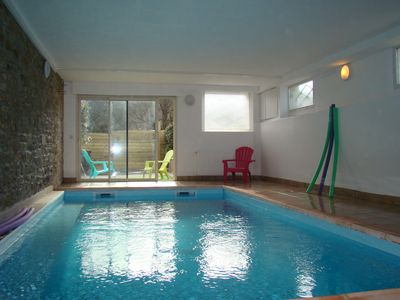 FOUESNANT BEACH spacieu cottage sleeps 12 private pool / heated