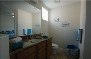 Tampa townhome photo - Bathroom # 1 hot tub & walk in shower,vanities