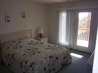Nags Head house photo - Queen Size Bedroom