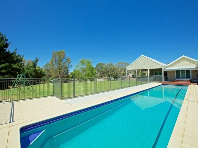 Tandara House - peace and tranquility on acreage