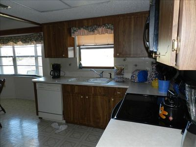 Spring Hill house rental - Kitchen with dishwasher