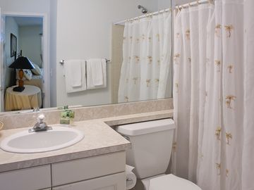 Bathroom adjoining Bedroom 2