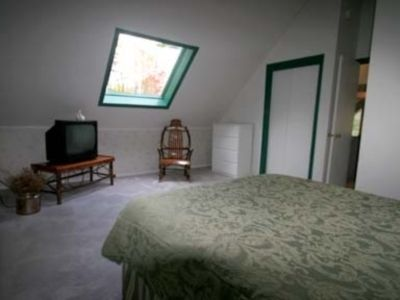 Ludlow chalet rental - Large master bedroom with multiple skylights