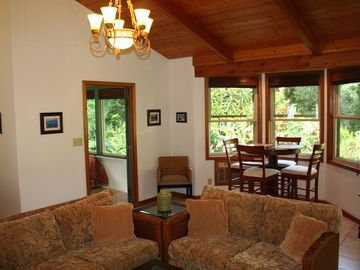 Huelo COTTAGE Rental Picture