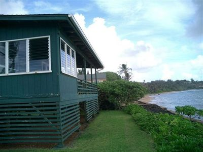 Situated oceanfront on Aliomanu Bay.