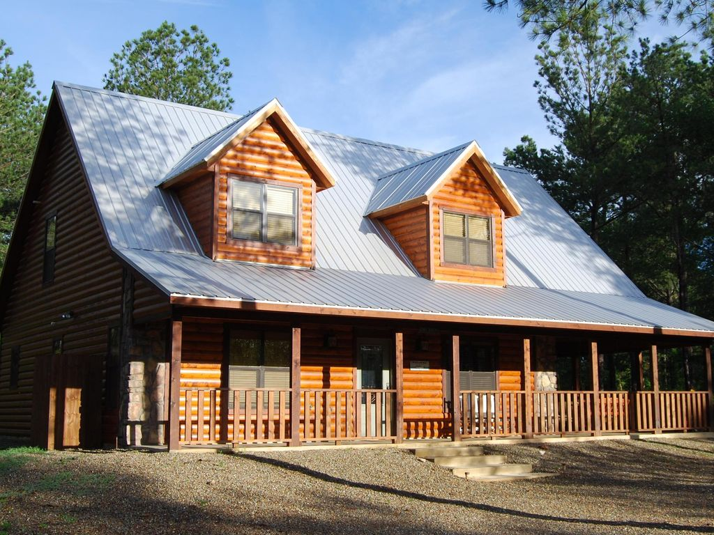 Blue Moon Lodge Perfect For Your Fall Get Away 1095703