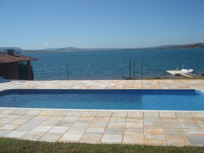 Ranch on land of 5000 m2, on the banks of the Furnas Dam.