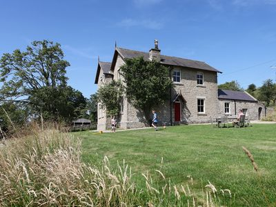 Large luxury country house with access to indoor pool and leisure facilities