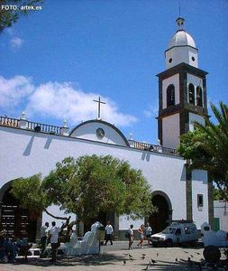 Nazaret villa rental - Arrecife Church