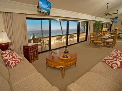 View the sparkling ocean and TV simultaneously from two comfortable couches.