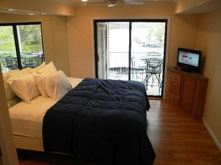 King bed to enjoy view of lake - Osage Beach villa vacation rental photo