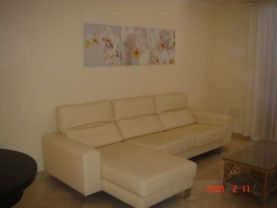 LOVELY OPEN PLAN LIVING AREA OF THE 2 BEDROOM APT.