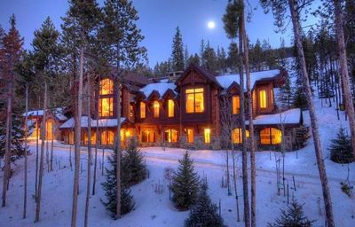 Welcome to Gold Run Lodge, a Luxury Retreat  15 minutes from town and ski resort