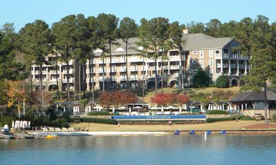 The Ritz Carlton Lodge at Reynolds Plantation