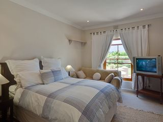 Constantia villa photo - Double Bedroom with TV
