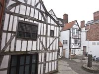 2 x Luxurious 5 One Bedroomed Apartments With Views Of York Minster