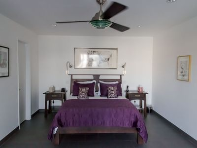 Indian Wells house rental - The master, comfort with a view and sliding door to the pool