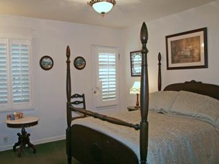 Catalina Island house photo - Four-poster bed!