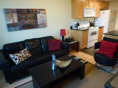 Toronto condo rental - living room and kitchen
