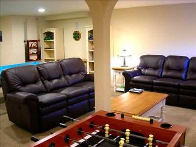 "Ult/ Entertainment Room w 50"" Plasma TV, Pool Table, Foosball, Leather Recliners"