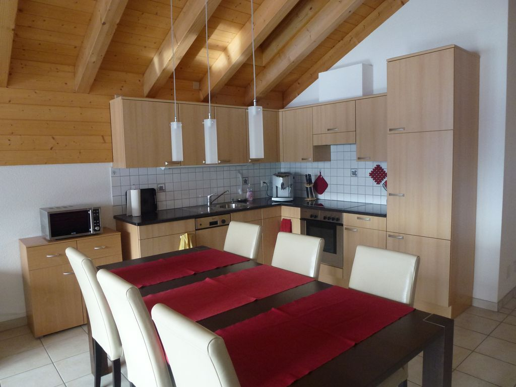Anessa 43 - Bright penthouse with open views in Leukerbad, 2 bed. 5 beds