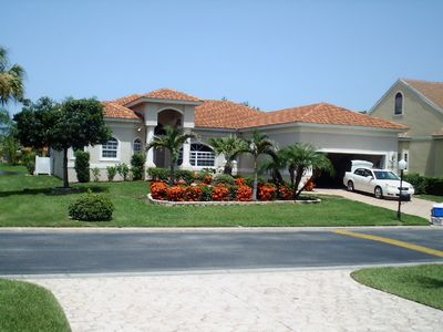 FRONTAL VIEW OF THE VILLA