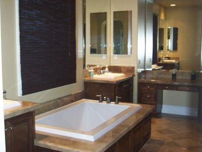 OUR MASTER BATHROOM WITH DOUBLE SINKS - SOAKING TUB - SHOWER - 1ST CLASS...