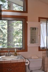 Incline Village house photo - Jack and Jill bathroom