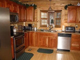 Gatlinburg chalet photo - Chef's kitchen.