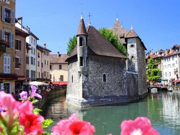 Annecy old town - the venice of the Alps