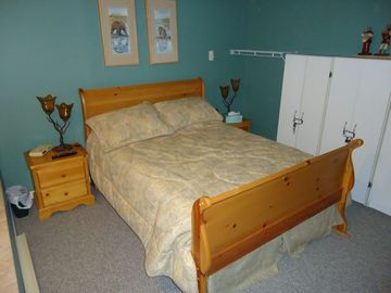 Another view of the queen sleigh bed with pillowtop mattress