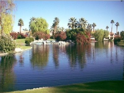 COME ENJOY OUR BRAND NEW RANCHO MIRAGE DREAM HOME ON THE LAKE...