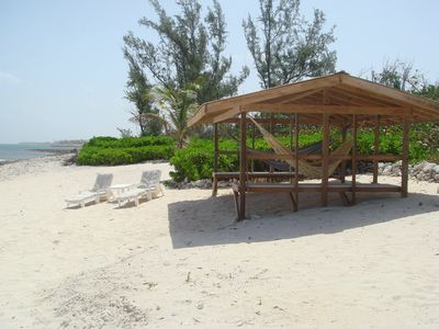 large, shady beach hut with total privacy