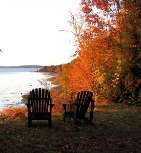 Suttons Bay cabin rental - Autumn peak