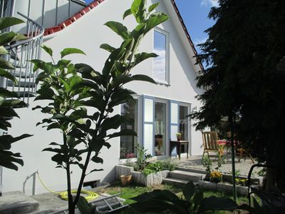 Idyllic holiday home directly on the backwaters on the island of Usedom