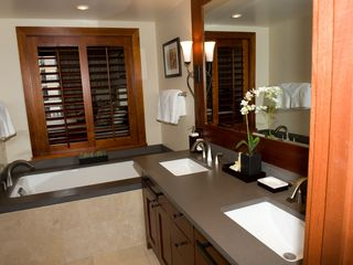 Ko Olina villa photo - Luxurious Master Bathroom with separated shower