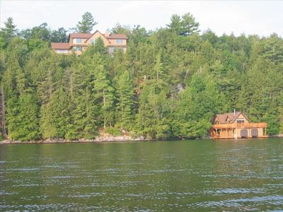 Luxury Cottage and Boathouse on Skeleton Lake in Muskoka