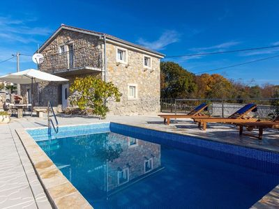 image for 07901 Decorated stone house with pool