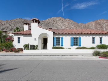 Indian Wells house rental - Villa Exterior - Dramatic mountain views stretch out in front of you here at your 3BR villa in Old Town La Quinta.