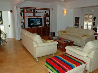 Huatulco villa photo - Comfy Lounge / entertainment centre