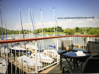 Osprey - Luxury Boat House on the Shore of Lake Windermere Near to Bowness