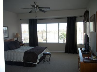 Eloy house rental - Master with panoramic views