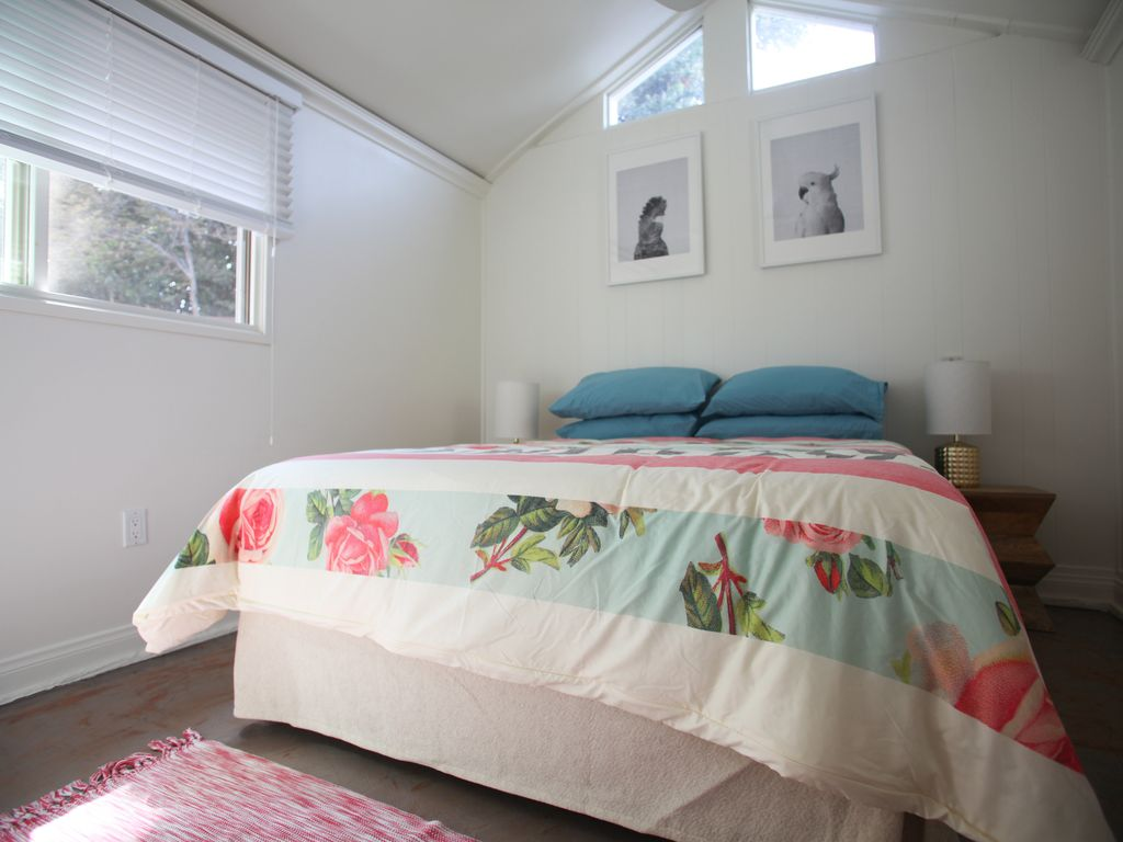 Guest homes for rent in los angeles - Property Image 3 Quiet Venice Beach Guest House With Garden And Full Amenities
