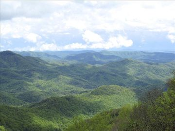 Blowing Rock house rental - 75 mile View from Deck - overlooking Pisgah Forest