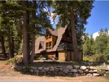 Tahoe City house rental - Beautiful Chalet - Quick drive to Alpine/Squaw & short walk to Tahoe City!